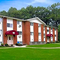Sunset Garden Apartments - Kingston, New York 12401