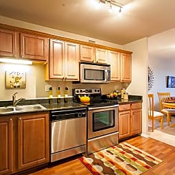 The Churchill - Newly Renovated with Skyway Access! - Minneapolis, Minnesota 55401