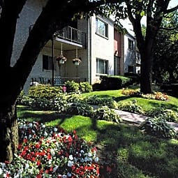 Penn Crest Apartments - Allentown, Pennsylvania 18104