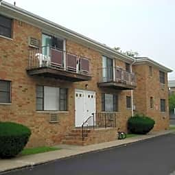 Lodi Circle Apartments - Lodi, New Jersey 7644