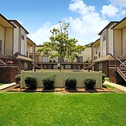 La Maison Apartment Homes - Metairie, Louisiana 70001