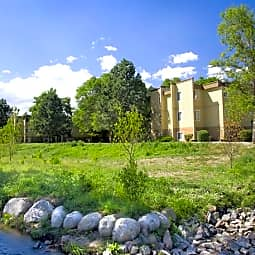 Flats At Creekside Park - Arvada, Colorado 80003