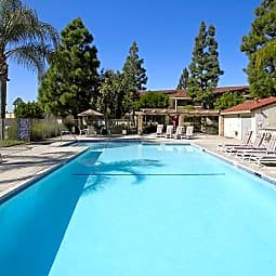 Town & Country Apartments - Brea - Brea, California 92821