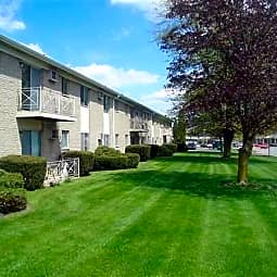 Bay Manor Apartments - Bay City, Michigan 48706