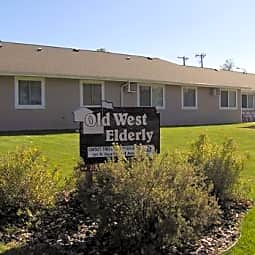 Old West Family Apartments - Fort Pierre, South Dakota 57532