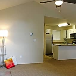 Van Mall North Apartments - Vancouver, Washington 98662
