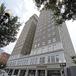 Nissen Building Apartments - Winston-Salem, North Carolina 27101