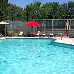 Quail Run Apartments - Vacaville, California 95687