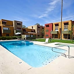 Las Casitas - Glendale, Arizona 85301