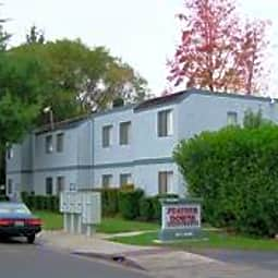 Feather Downs Apartments - Yuba City, California 95993