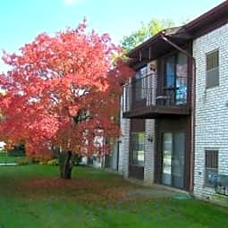 Chatsford Manor Apartments - Southfield, Michigan 48034