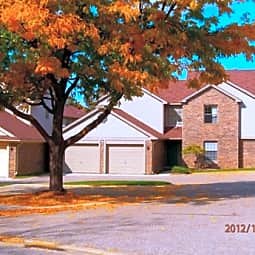 Rolling Hills Apartments - Lapeer, Michigan 48446