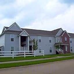 Mane Gate Apartments - Iowa City, Iowa 52240