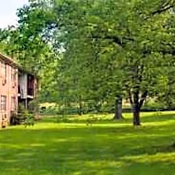 Sherwood Winding Town and Country Apartments - Bethlehem, Pennsylvania 18017