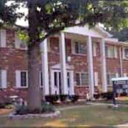 Cross Keys Apartments - Florissant, Missouri 63033