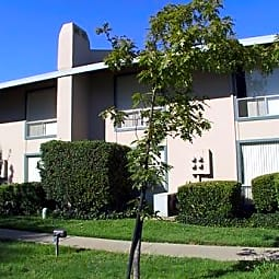 River Cove Apartments - Sacramento, California 95831
