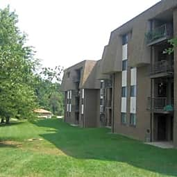 The Bluffs Apartments - Newark, Delaware 19711