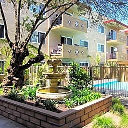 Courtyard Apartments - Hayward, California 94545
