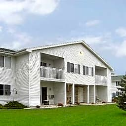 Meadowview Apartments - Beaver Dam, Wisconsin 53916