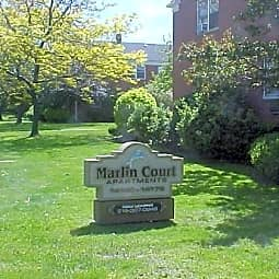 Marlin Court - Cleveland Heights, Ohio 44121