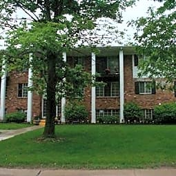 Jamestown Apartments - Farmington, Michigan 48335