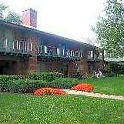 Glen Ellyn Apartment Homes - Glen Ellyn, Illinois 60137
