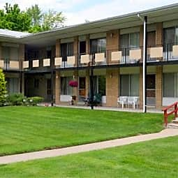 Rochester House Apartments - Royal Oak, Michigan 48073