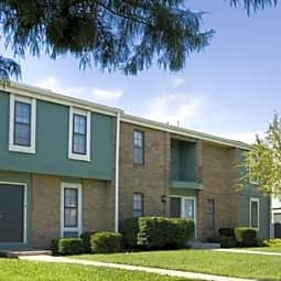 Kings Court and Terrace Apartment Homes - Olathe, Kansas 66062