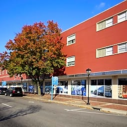 Montgomery Square Apartments - Portsmouth, Virginia 23704