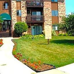 Deep Lake Apartments - Lake Villa, Illinois 60046
