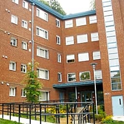 Sligo View Apartments - Takoma Park, Maryland 20912