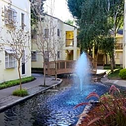 Roundhill Creek Apartments - Fairfield, California 94533