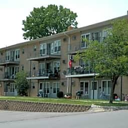 Crestwood Apartments - Middletown, New York 10940