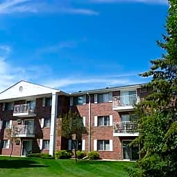 Pearlwood Estates - Inver Grove Heights, Minnesota 55077