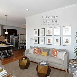 !!! Brand New Luxury Living - Van Buren !!! - Chicago, Illinois 60607