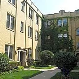 504-08 S. Cuyler - Oak Park, Illinois 60304