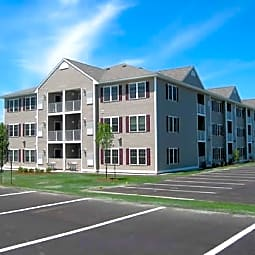 Old Wellington Road Apartments - Manchester, New Hampshire 3104