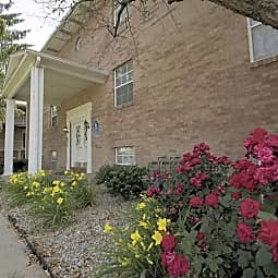 Kerrybrook Apartments - Austintown, Ohio 44515