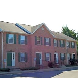 Limestone Court Townhouses - Winchester, Virginia 22601