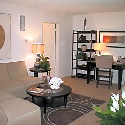 Oakview Apartments - Thousand Oaks, California 91361