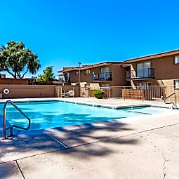 Mountain Vista Apartments - Phoenix, Arizona 85040