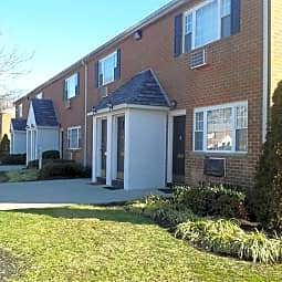 Madison Court Apartments - Williamstown, New Jersey 8094