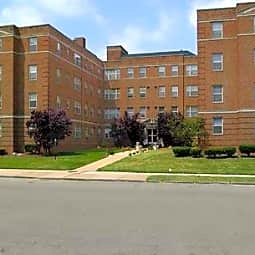 Bon Air Apartments - Shaker Heights, Ohio 44120