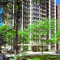 Gold Coast City Apartments - Chicago, Illinois 60611