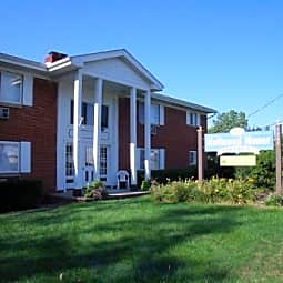 Hallwood Manor Apartments - Mentor, Ohio 44060