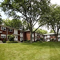 Valley View Apartments - Paterson, New Jersey 7502