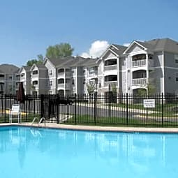 Woodwind Villa Apartments - Woodbridge, Virginia 22191