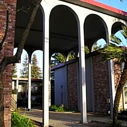 Montevilla Apartments - Santa Rosa, California 95405