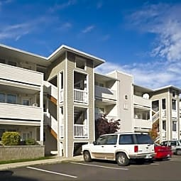 Parkland Apartments - Portland, Oregon 97266
