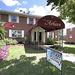 Arbors at Franklin Township - Somerset, New Jersey 8873